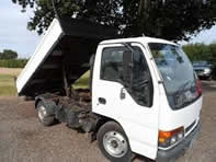 tipper truck for builders rubble removal